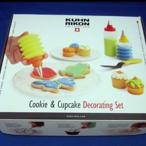 Kuhn Rikon Cookie & Cupcake Decorating